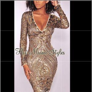 NWT HOT M.I.A.M.I. styles holiday dress